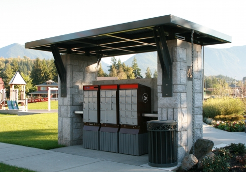 Garrison Crossing Mailbox Shelter